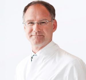 Dr. med. Kauder ist Facharzt für Plastische und Ästhetische Chirurgie und die medizinische Kryolipolyse